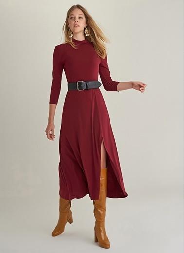 NGSTYLE Yırtmaçlı Uzun Örme Elbise Bordo